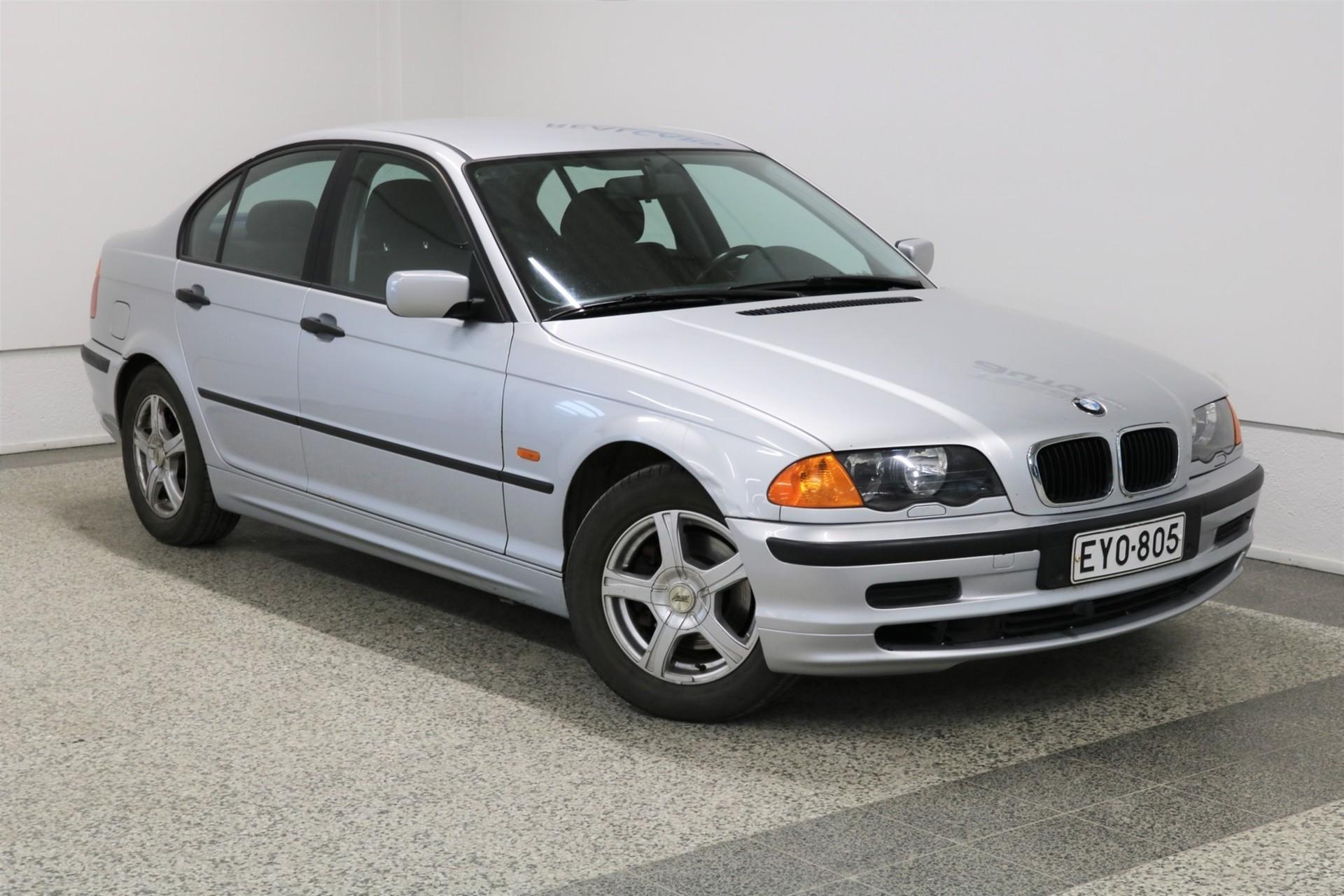 BMW 316 i 1, 9 AC + Comfort-paketti 4d