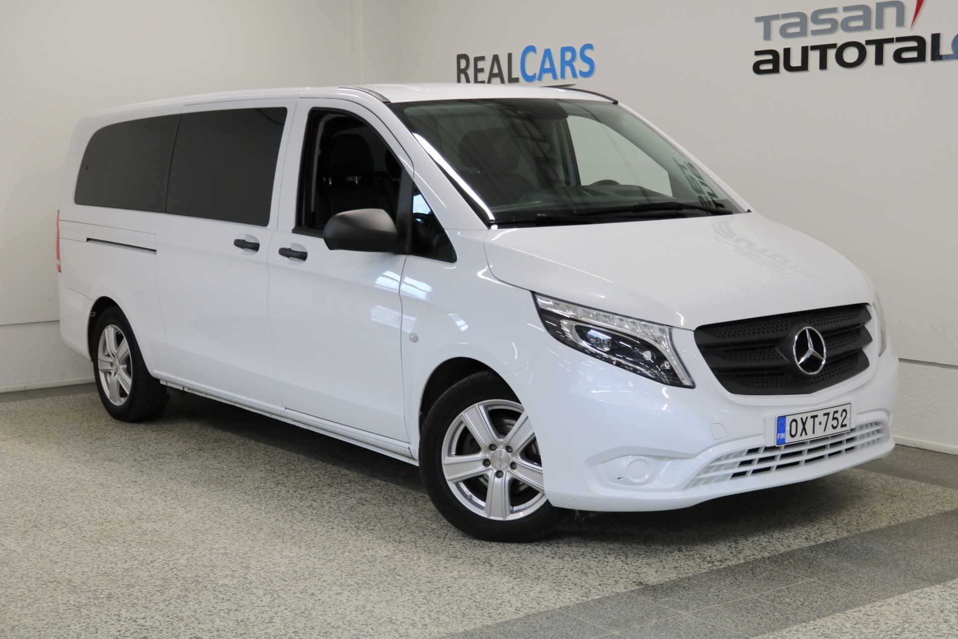 MERCEDES-BENZ VITO 114CDI KB pitkä A3 A Business,  9h