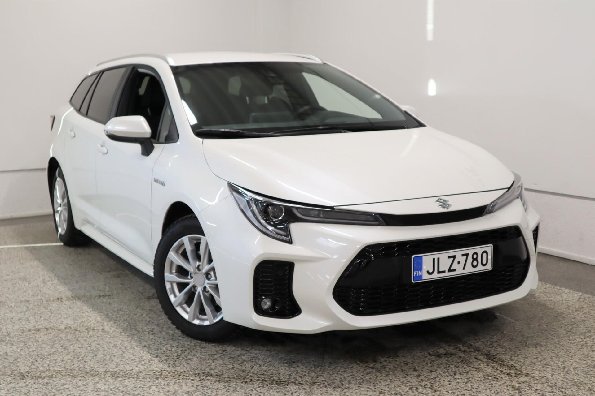 SUZUKI SWACE 1, 8 HYBRID 2WD GLX CVT-aut / Santander rahoitustarjous 1, 59% + kulut
